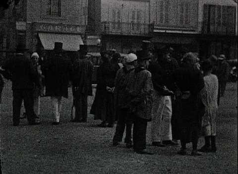 CAEN, L'ABBAYE AUX HOMMES - DEJEUNER ET MASCARADE A LISIEUX (255)
