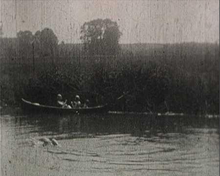 EN CANOE SUR LE LOING ET LE BAIN - LA GRAVINE (445)
