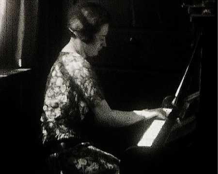BALBINA AU PIANO II - FRESNAY (238)