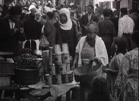VIE A BORD - ESCALE EN ALGERIE